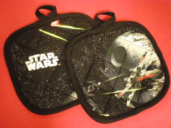 Hey, I found this really awesome Etsy listing at https://www.etsy.com/listing/107771201/star-wars-pot-holders