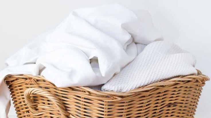 Für weiße Baumwollbettwäsche verwenden Sie ein Vollwaschmittel.