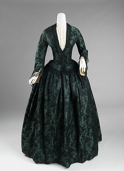 Evening dress ca.1850-1855