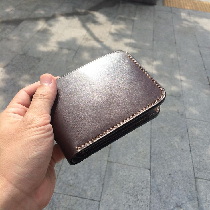 Here is my leather handcraft, hand stitched. I hope you will enjoy my brand. Rêver leather ~Please visit my facebook fans page and get a update promotion code.https://www.facebook.com/ReverLeather/