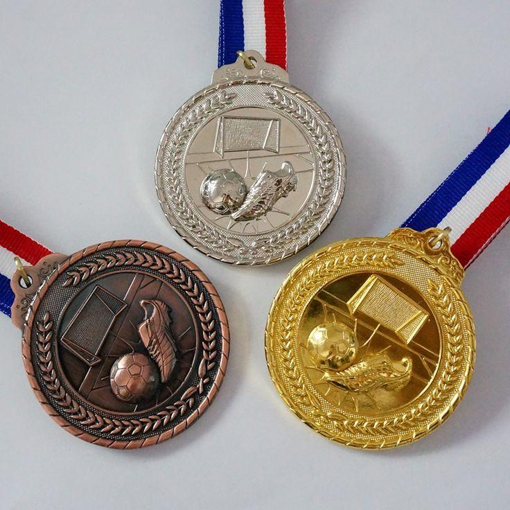 The Golden Boot Medal Football Medal Souvenir Fans Zinc Alloy Official Sport Match Adward Soccer Ball Medals Free Shipping