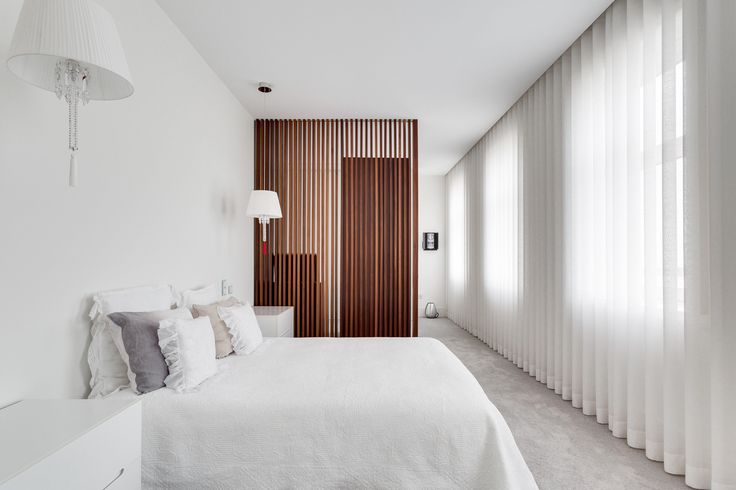HomeLovers: bedroom // light