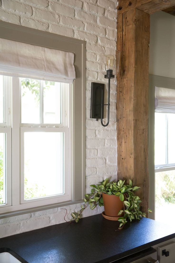 299 best images about magnolia homes fixer upper on for Window upper design