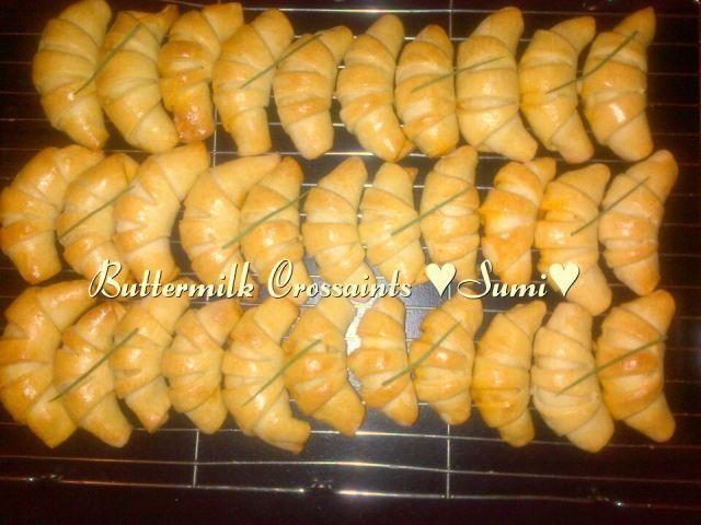 Buttermilk crossaints