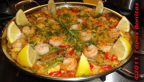 Paella met Garnalen en Kip.