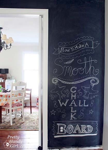 Smooth chalkboard walls; I'll need this when I take over my brother's room:)