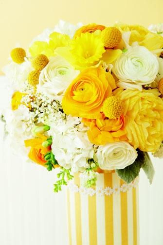 best 25 yellow flower arrangements ideas on pinterest yellow wedding arrangements flower. Black Bedroom Furniture Sets. Home Design Ideas