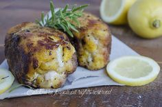 pollo al forno impanato e saporito con scamorza come fritto ricetta secondo gustoso