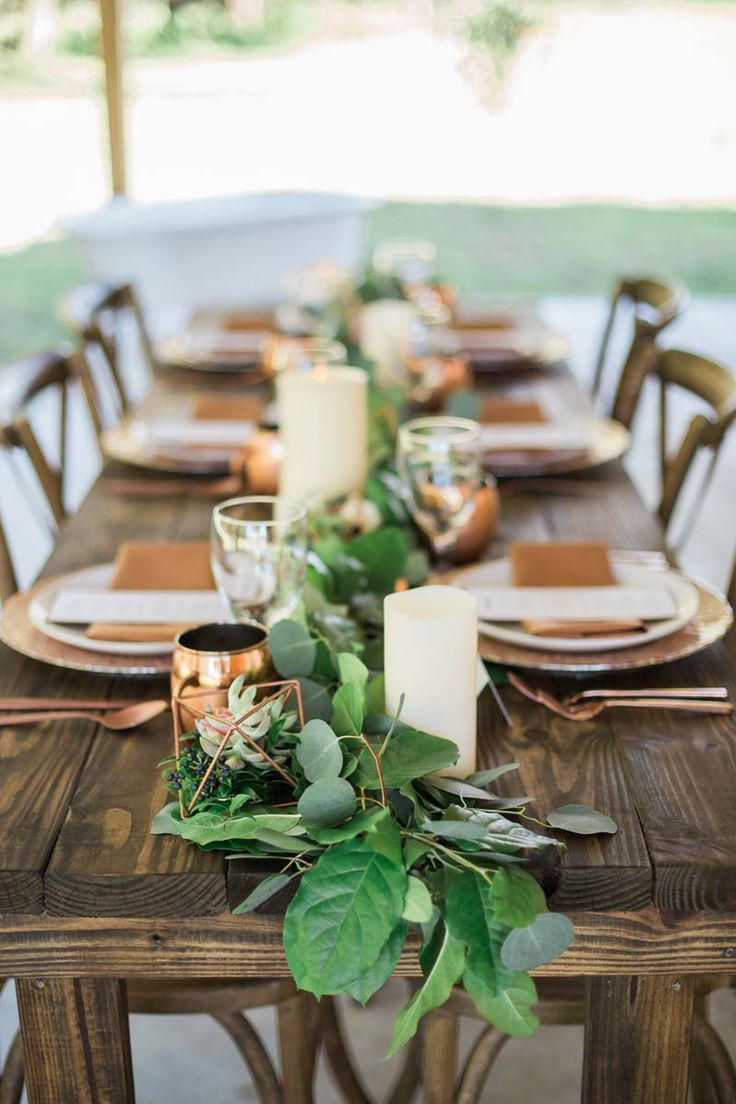 Wedding tablescape from Cotton & Magnolia - Rustic Romance at the Beautiful Orange Blossom Barn in Bushnell, FL - Photo by Casie Marie Photography - Click pin for more - www.orangeblossombride.com