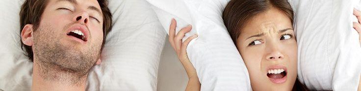 Uyku Apnesi Nedir?  İngilizce: Obstructive Sleep Apnea Syndrom (OSAS) Türkçe: Tıkayıcı Uyku Apnesi Sendromu (TUAS)  Sadece apne olarak da bilinir, uyku sırasındaki solunum duraksamalarından kaynaklanan ve uyku düzeninin bozulmasına sebep olan önemli bir hastalıktır. Uyku apnesi sendromu, uykuda hava akımının en az 10 saniye süreyle durması şeklinde tanımlanır. Uyku sırasında, solunum duraklamaları sonucunda kandaki oksijen miktarı azalır ve karbondioksit miktarı artar.