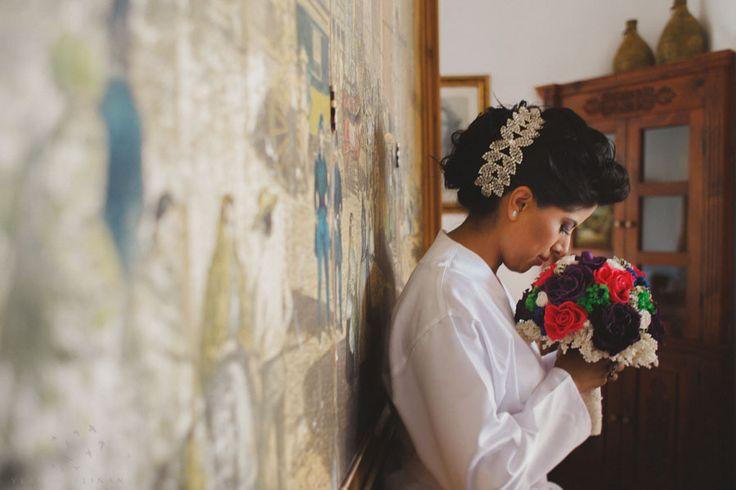 #bride #weddingdress #haciendas #bodas #bodasenméxico #mexicanphotographer http://vladimirphotographer.com/blog/
