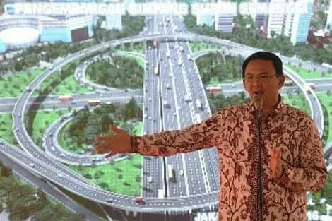 Korupsi simpan susun semanggi #Ahok !  Ga lama lagi si TERDAKWA ini akan Kena Masalah Besar... Simpang Susun Semanggi yang menggunakan ASSET NEGARA dan ASSET PEMERINTAH Tapi Kontrak dan Pemberi Perintah Kerjanya SWASTA Bukan PEMDA .. dgn dalih Kompensasi CSR Jd dana itu adalah kompensasi bagi perusahaan Jepang tsb utk membangun gedung milik mrk di Jakarta  Jadi yang memberikan perintah Kerja pada PT WIKA bukan PEMDA Melainkan PT. Mitra Panca Persada merupakan afiliasi perusahaan asing dr…