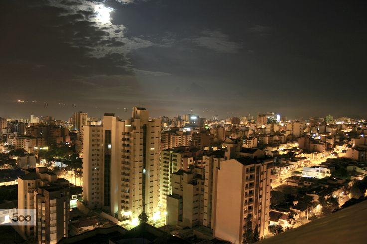 Bucaramanga Santander Colombia Luz de Luna by Pablo Rodriguez Martinez on 500px