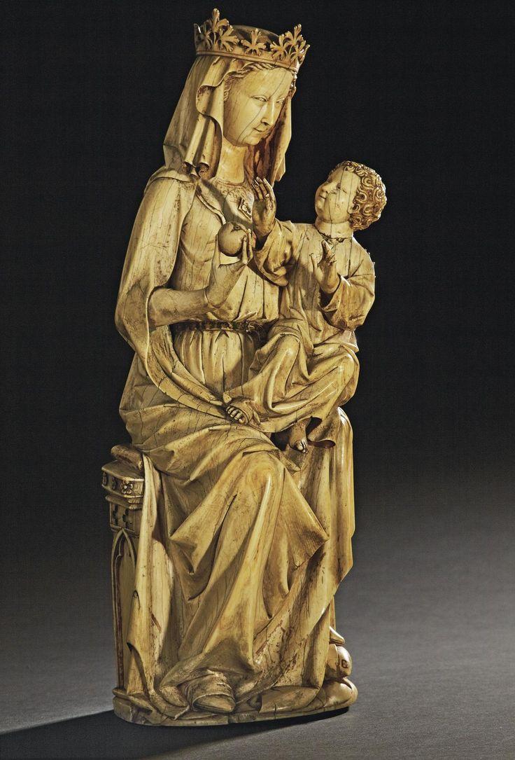 Muttergottes mit Kind, Elfenbein, um 1250, versteigert bei Christie's Paris für 6,3 Millionen Euro. Quelle: Christie's