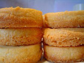 Esta es una receta francesa,de Bretaña,y son una galletas de mantequilla , !muy ricas!, de esas que se derriten en la boca. Yo suelo hace...