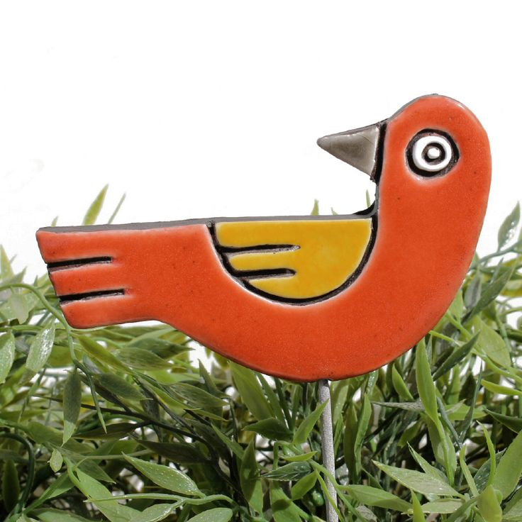Ceramic bird garden art - looking left - gvega