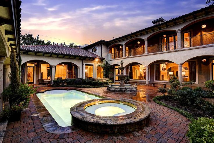 Spanish hacienda with courtyard pool and fountain for Hacienda style house plans with courtyard