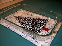 Quilted Hot Pad Tutorial. Love the large size instead of using two under a casserole dish.