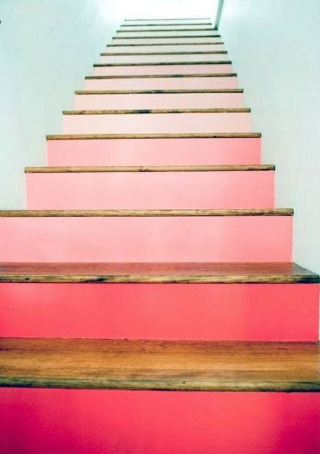 escalier peint stairs colors marches contremarches peintes rose degrade