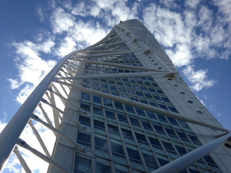 Turning Torso by Calatrava, Malmo