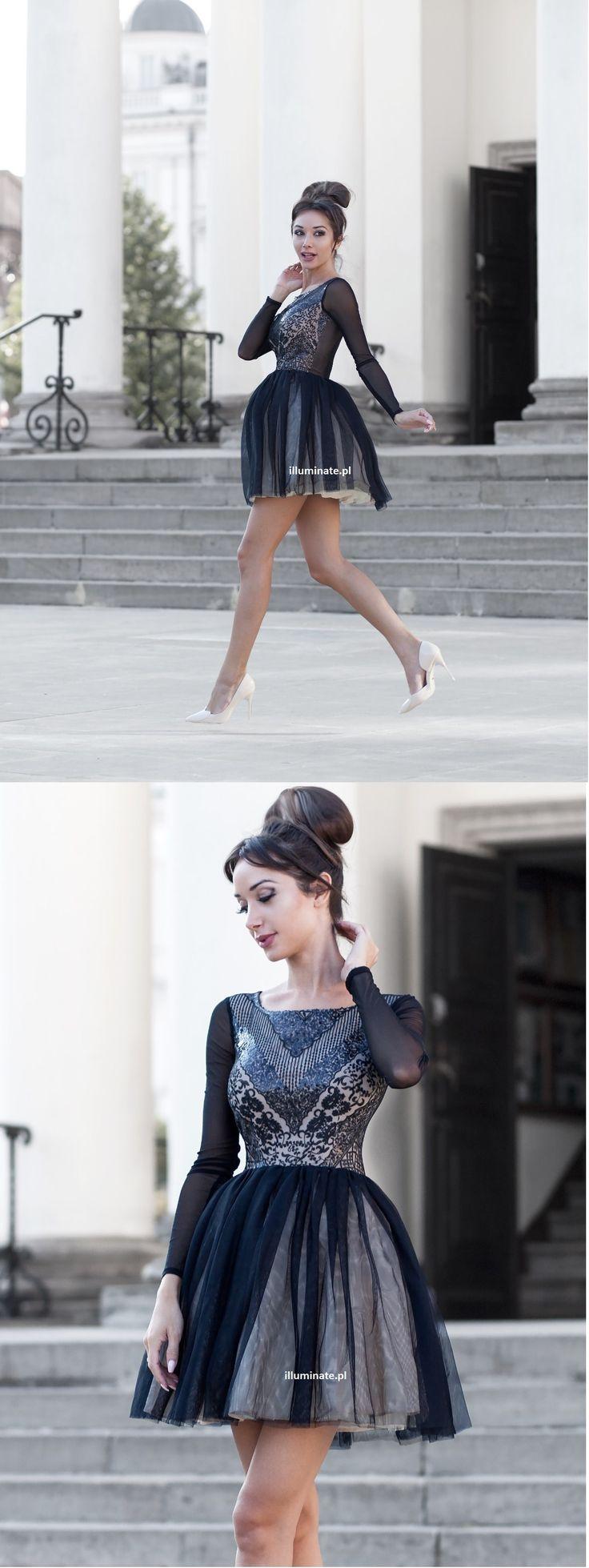 Tiulowa czarna cielista sukienka z długim rękawem.  Tulle dress with long sleeve  Made in Poland. 349zł