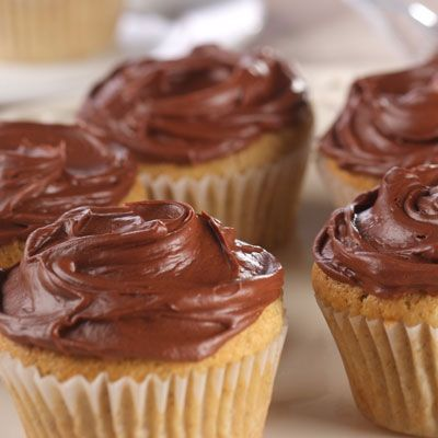 how to make chocolate buttercream icing from scratch
