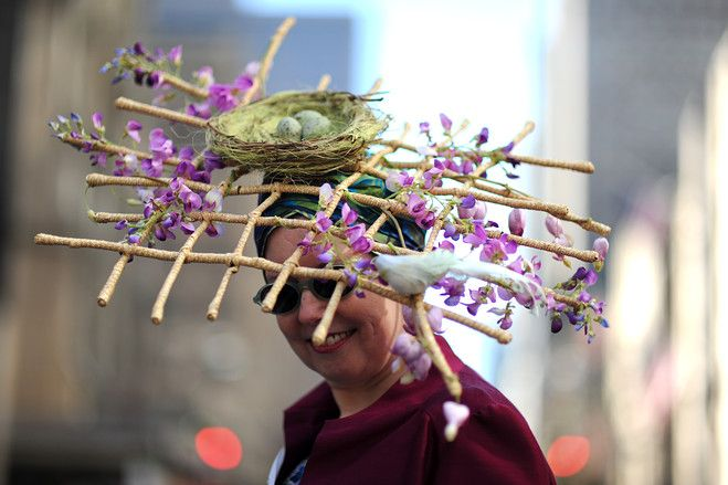 Fashion Highlights From New York's Easter Bonnet Parade 2012