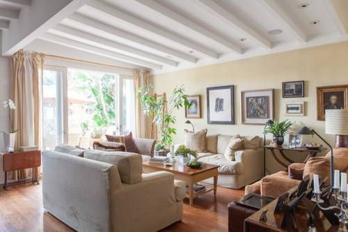 onefinestay - 31st Street private home Los Angeles (California) Set 17 km from Natural History Museum of Los Angeles County and 19 km from Los Angeles County Museum Of Art / LACMA, onefinestay - 31st Street private home offers accommodation in Los Angeles. Guests benefit from terrace.