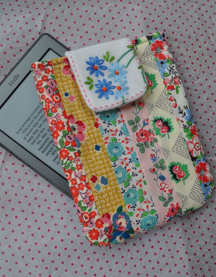 HenHouse: Kindle Cover. Prettiest one I have seen!!! For Beccy?