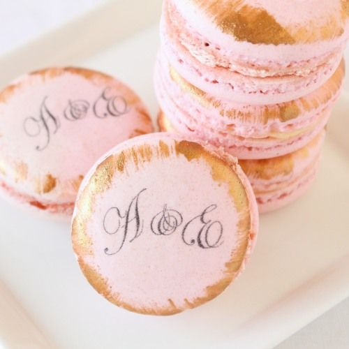 Just grab your own edible pen...Custom Macarons by Beau-coup