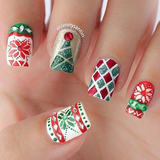 Pin for Later: 50 Holiday Nail Art Ideas That Will Put You in a Celebratory  Mood Christmas Patterns - 237 Best Christmas & Winter Nail Designs Images On Pinterest