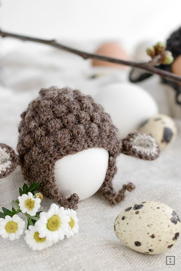 Anleitung Eierwärmer häkeln Schaf oder Osterlamm Geschenk zu Ostern