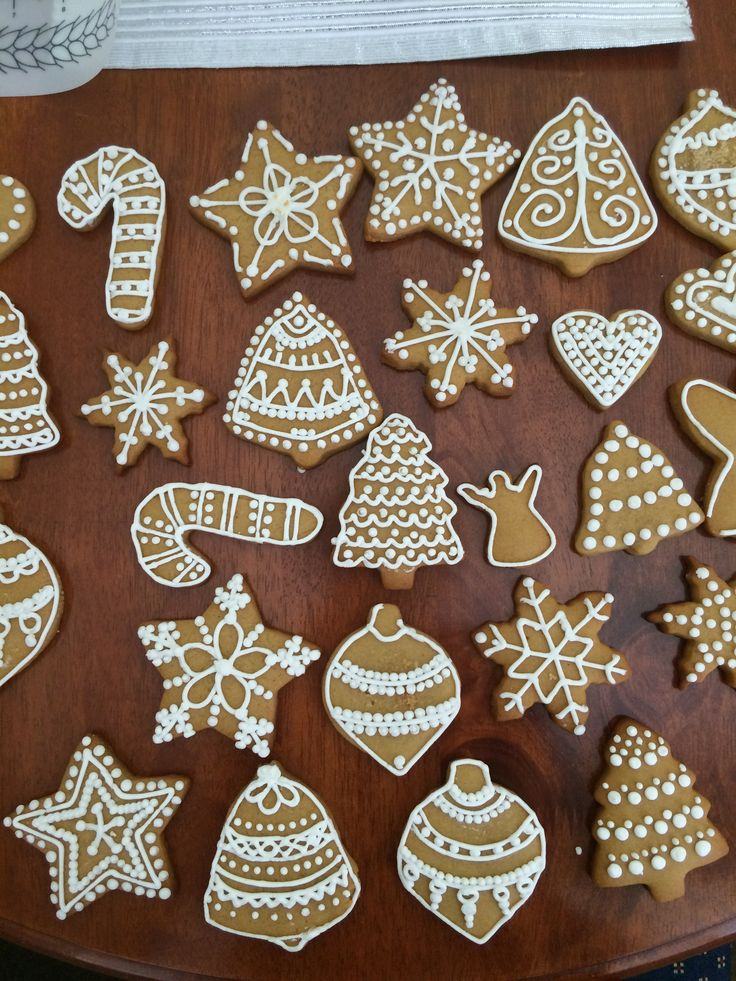 Gingerbread icing - Christmas 2014