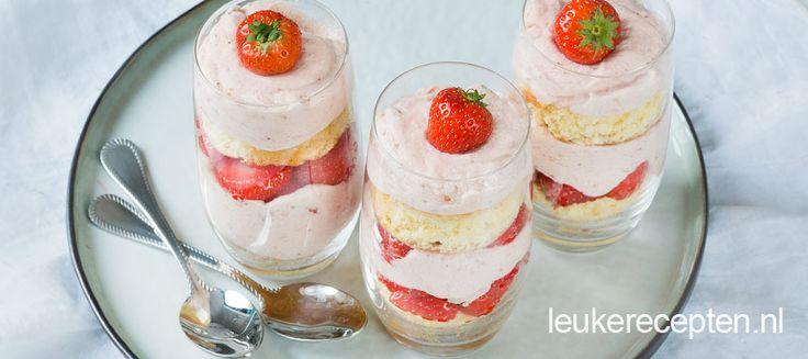 Aardbeien Valentijn trifle - Leuke recepten