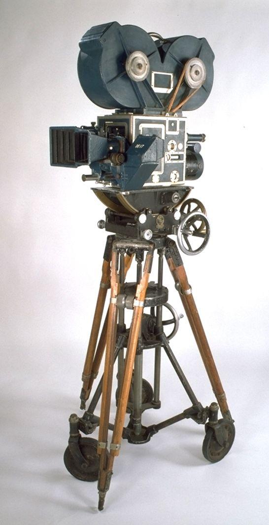 Technicolor three-colour 35mm Camera, 1932 – 1950, Technicolor Corporation, Kodak Collection, National Media Museum / SSPL
