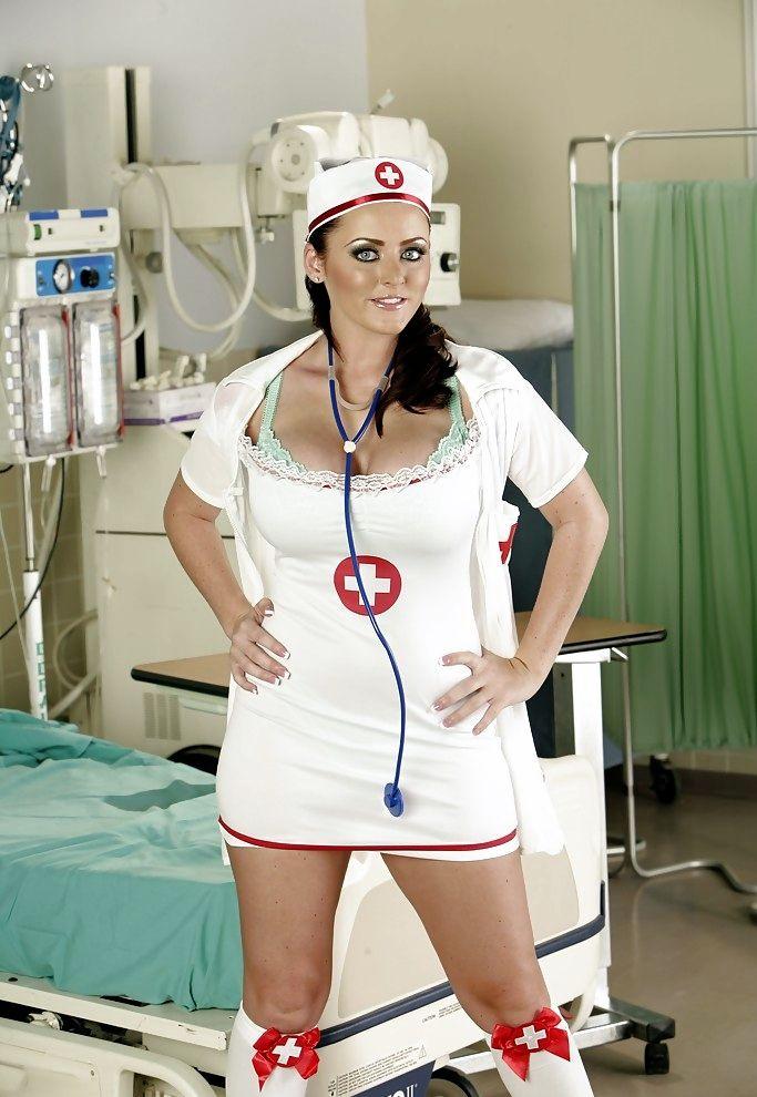 sophie dee doctor