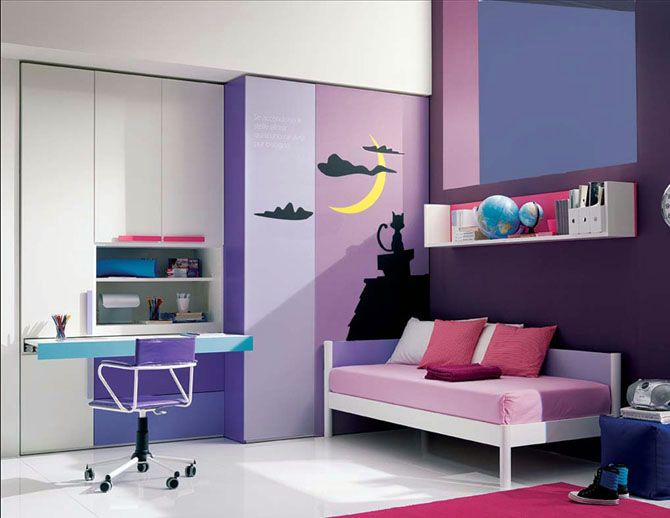This Fun Room Was Created Using The Analogous Colors Blue Violet And