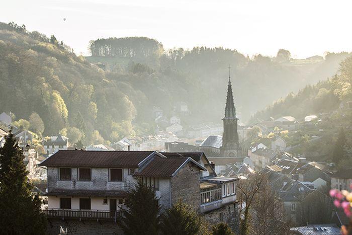 """Plombières-les-Bains (Vosges), région Grand Est : """"Le village thermal aux mille balcons"""""""