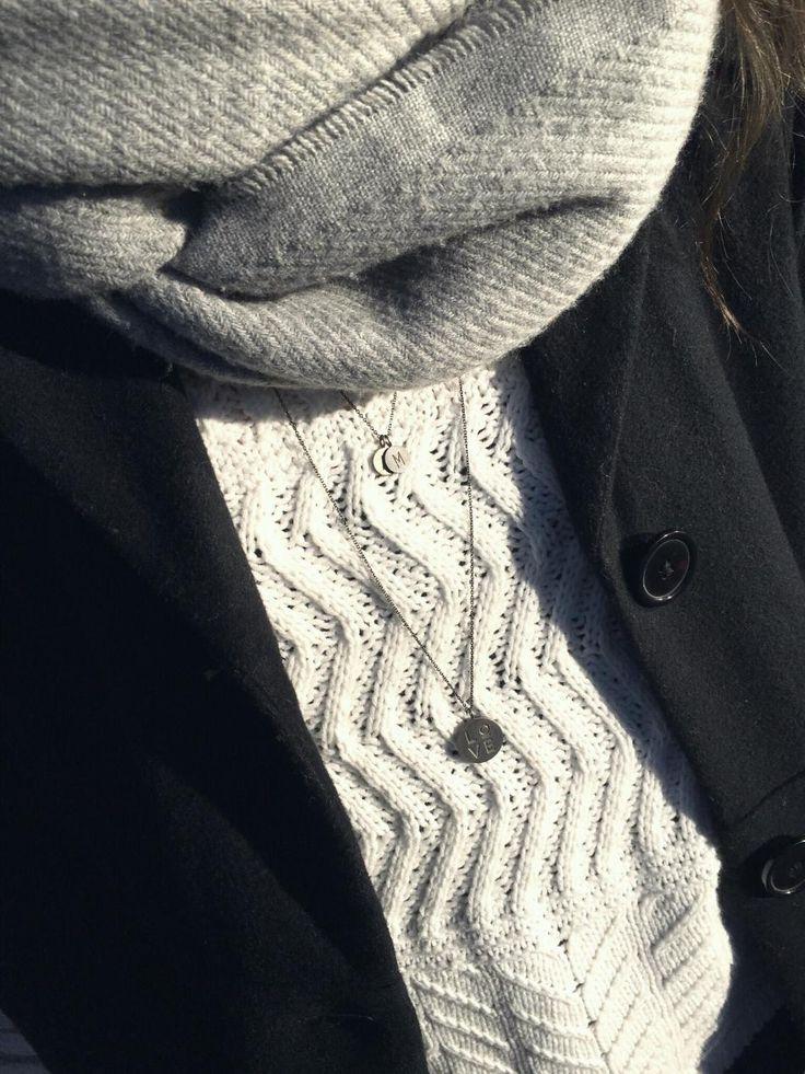 Sweater Weather  #Hvisk #Hviskstylist #Jewelry #Jewellery #Style #Stylist #Inspiration #Inspo #Art #Collage #Fashion ##OOTD #Outfit #Gold #silver #Rhodium #Diamonds #Diamond #Necklace #Ring #Bracelet #Retro #Autumn #Winter