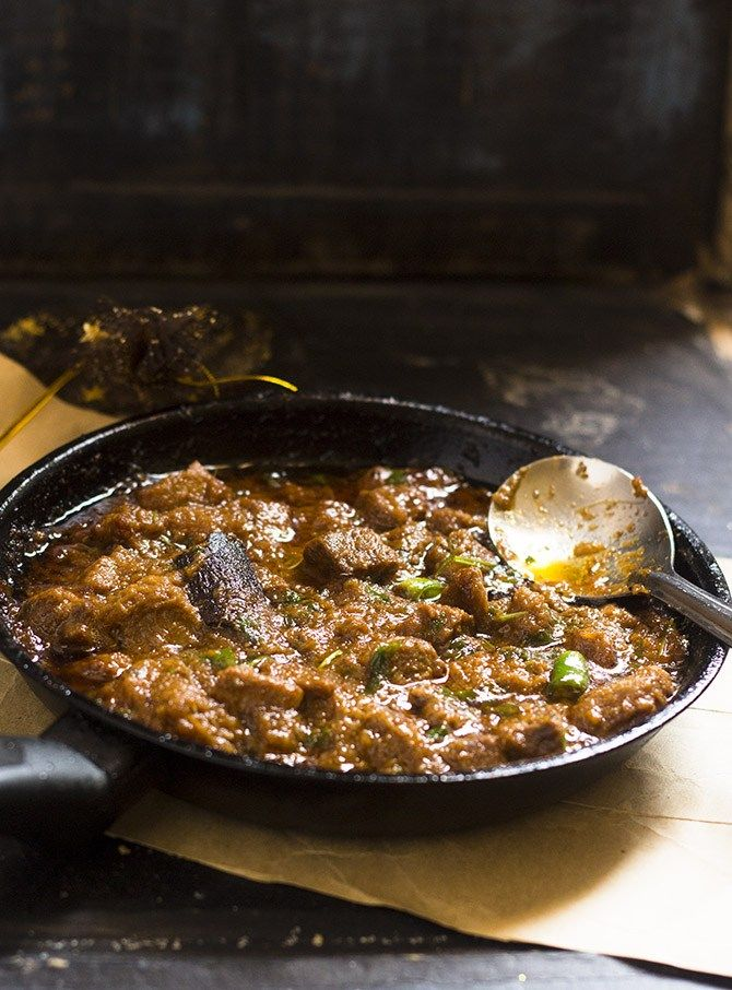 Khara Masala Gosht or the Mutton Masala recipe, Pakistani is a deliciously simple mutton curry recipe made with whole spices. It is so easy to make that this dish will make one of your favorite before long.