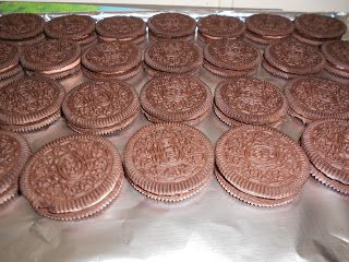 Welcome to Allergy Free Kids: chocolate covered oreo's