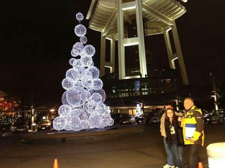 SPACE NEEDLE Christmas Tree