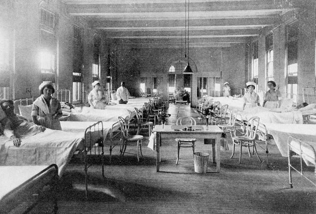 Much different from today's hospital, check out this picture of the male ward taken in the early 1920s.  Rex Hospital, South Street (1923).