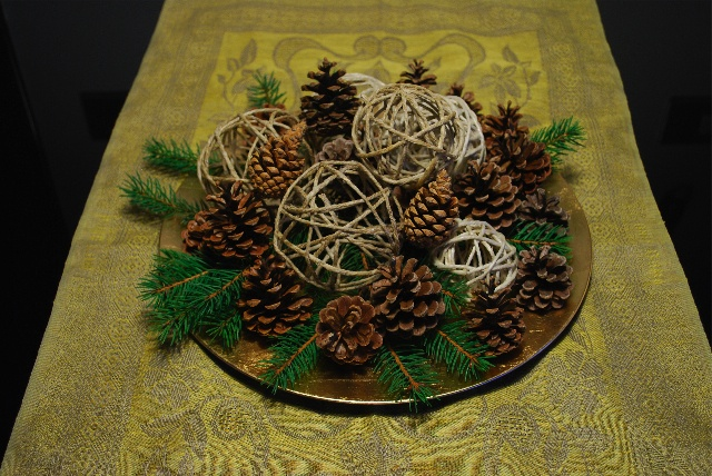 christmas centrepiece ©seaseight blog http://seaseight.blogspot.it/2012/12/diy-christmas-centrepiece.html