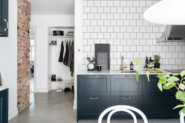 Kitchen Finishes Brick, Polished Cement, Marble, Tile and Wood 9