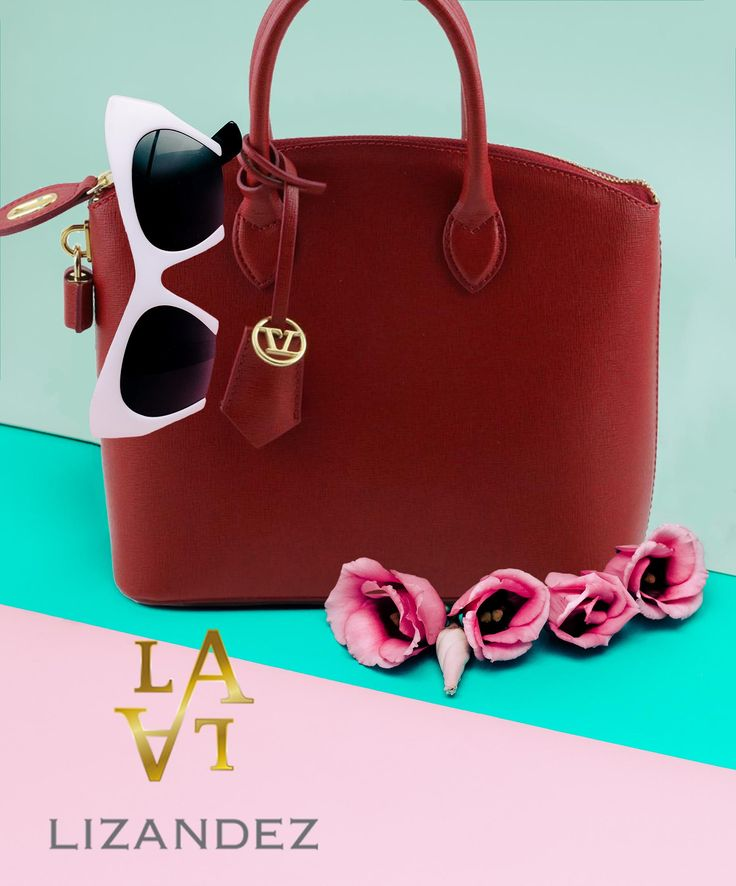 The Petite Leather Tote bag a timelessly versatile style perfect for every day