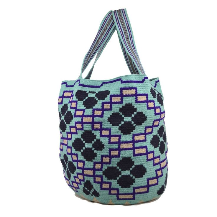 Wayuu Bag – Mochilon – XXL Mochila – Design – Rare – 3286  $160$  #wayuu #wayuumochila #wayuubag #wayuumochilabags #products #xxlbag #mochilon #bohohobo #handmade  https://wayuu-mochila-bags.com/shop/june-2017-collection/wayuu-bag-mochelon-xxl-mochila-design-rare-3286/