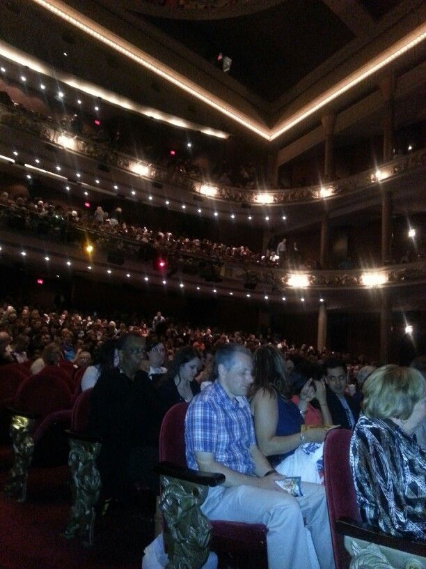 Seeing the Lion King on stage @ The Princess of Whales Theatre in Toronto. Breathtaking! (May 2014)