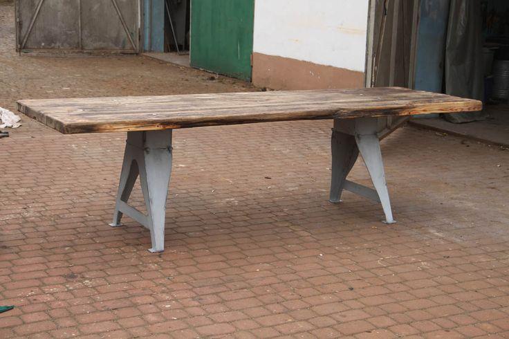 Archiwum: Stoły industrialne | Kategoria | | Manufacture MRN, Ręcznie wykonane meble artystyczne, meble malowane, meble industrialne, loft
