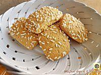 Biscotti al latte con granella di zucchero